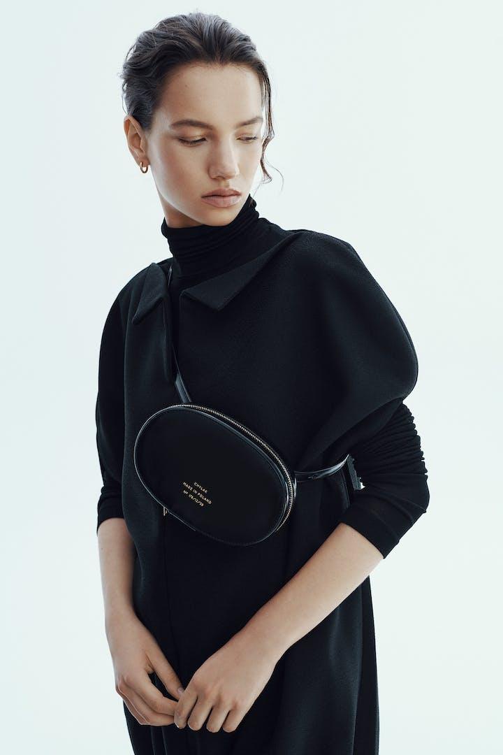"Ellipse Bag ""glossy black"""