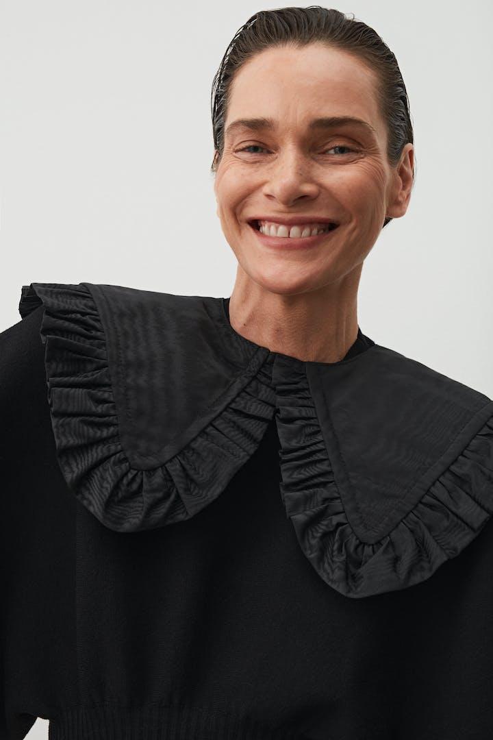 Bébé Collar Moiré Black